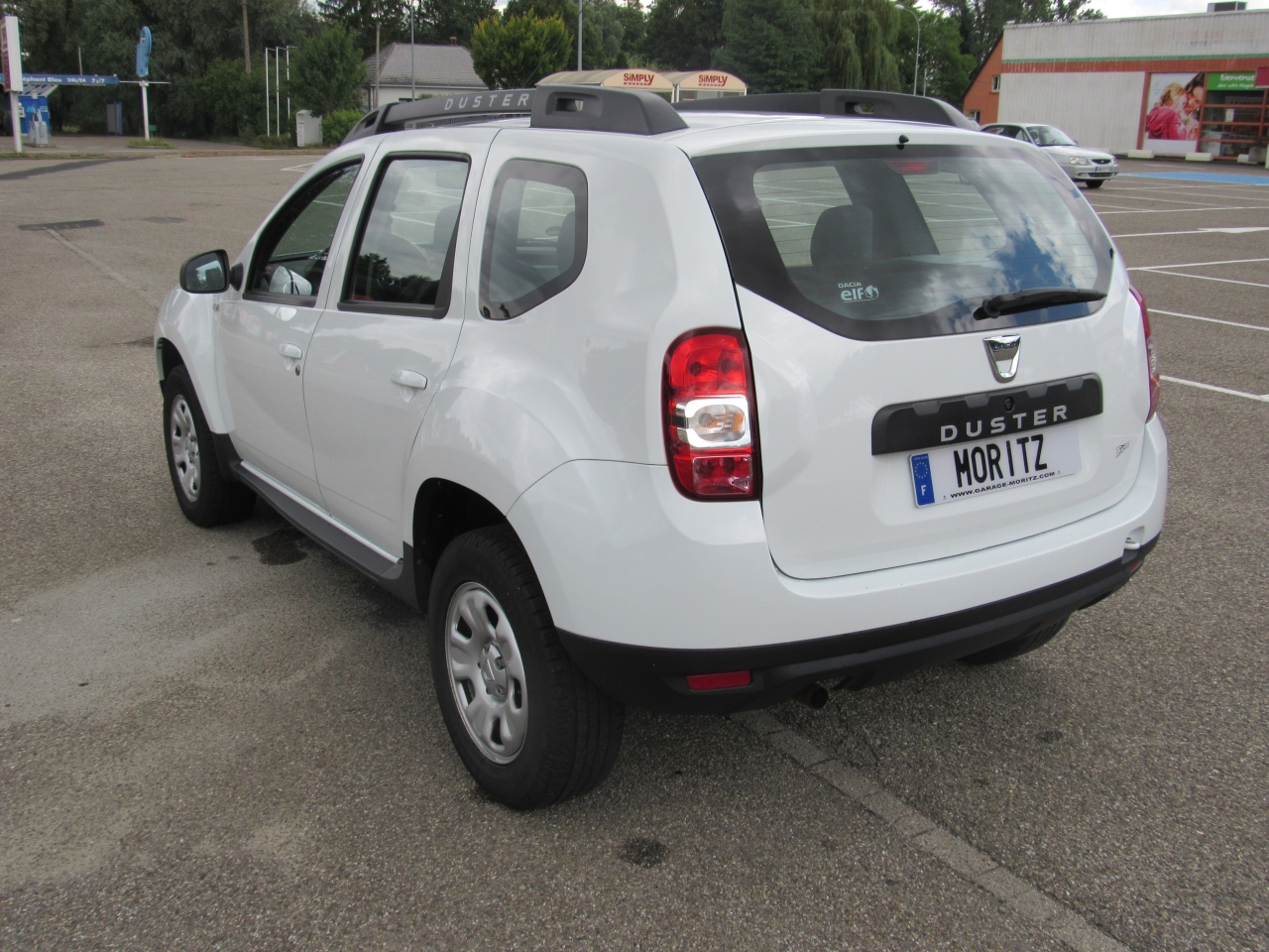 dacia duster 1 5l dci 110cv laureate 4x2 d 39 occasion pfaffenhoffen 67 dans le bas rhin. Black Bedroom Furniture Sets. Home Design Ideas